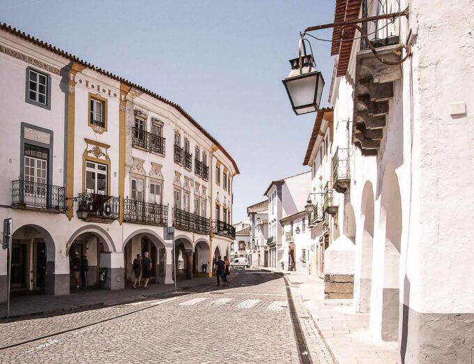 ulice Evora
